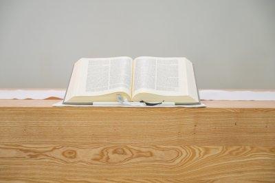 Altarbibel der Pauluskirche