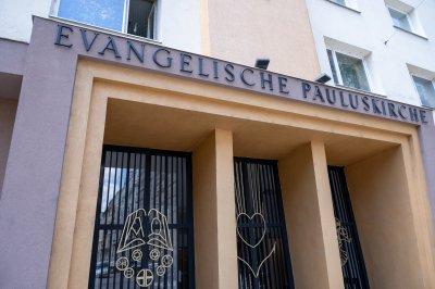 Das Portal der Pauluskirche
